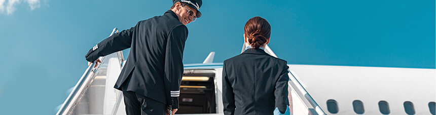 How a new approach to airline crew tracking helps optimize costs